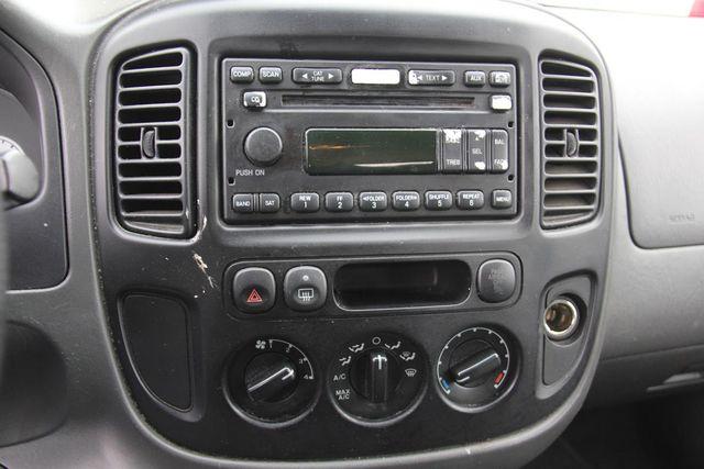 2006 Ford Escape XLS Santa Clarita, CA 19
