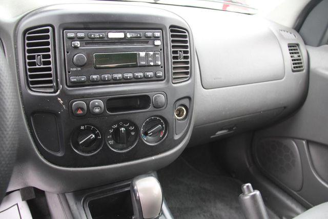 2006 Ford Escape XLS Santa Clarita, CA 18