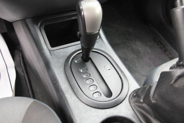 2006 Ford Escape XLS Santa Clarita, CA 20