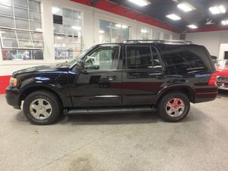 2006 Ford Expedition 4x4 dvd, leather, park sensors, service records!~ Saint Louis Park, MN 10