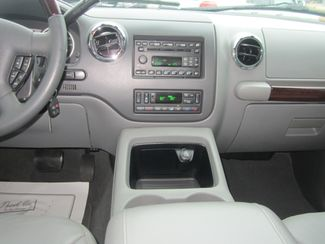 2006 Ford Expedition Limited Batesville, Mississippi 24