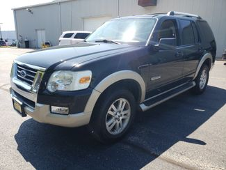 2006 Ford Explorer Eddie Bauer | Champaign, Illinois | The Auto Mall of Champaign in Champaign Illinois