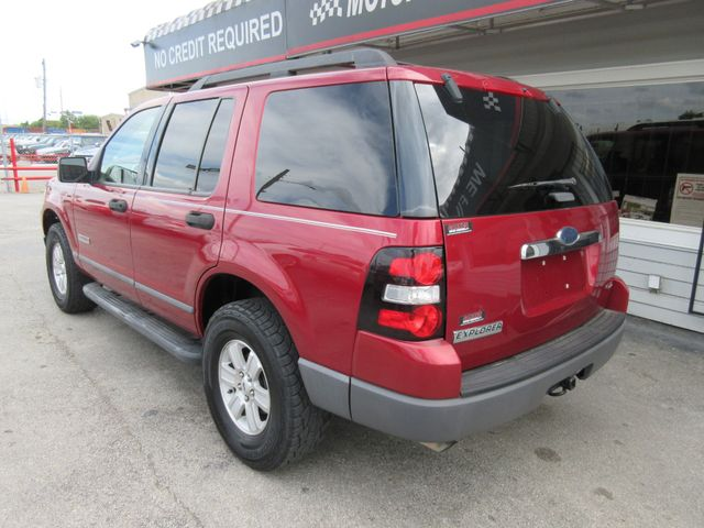 2006 Ford Explorer, PRICE SHOWN IN THE DOWN PAYMENT south houston, TX 3