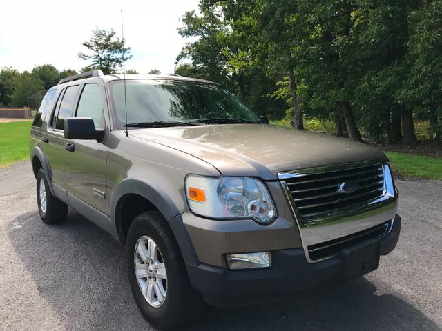 2006 Ford Explorer XLT Ravenna, Ohio 5