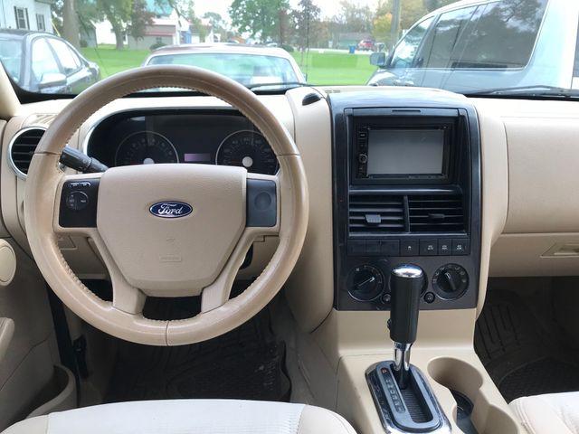 2006 Ford Explorer XLT Ravenna, Ohio 8
