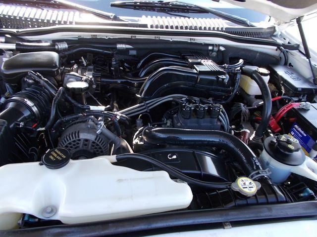 2006 Ford Explorer Eddie Bauer Shelbyville, TN 18