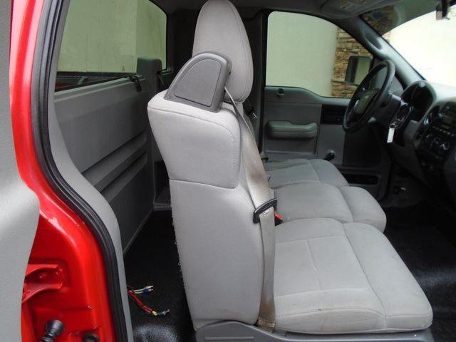 2006 Ford F-150 XL in Alpharetta, GA 30004