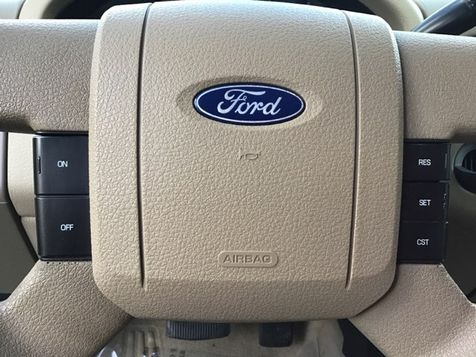2006 Ford F-150 XLT | Champaign, Illinois | The Auto Mall of Champaign in Champaign, Illinois