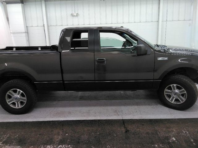 2006 Ford F-150 XLT in St. Louis, MO 63043