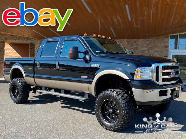 2006 Ford F250 Crew Cab LARIAT DIESEL 4X4 LOW MILE SHORT BED LIFTED