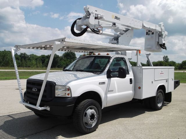 2006 Ford f550 42FT ALTEC bucket boom truck 4x4 Lake In The Hills, IL