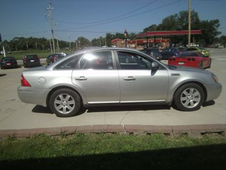 2006 Ford Five Hundred SEL  city NE  JS Auto Sales  in Fremont, NE