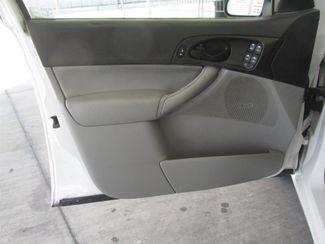 2006 Ford Focus SE Gardena, California 9