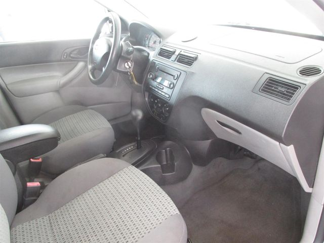2006 Ford Focus SE Gardena, California 8