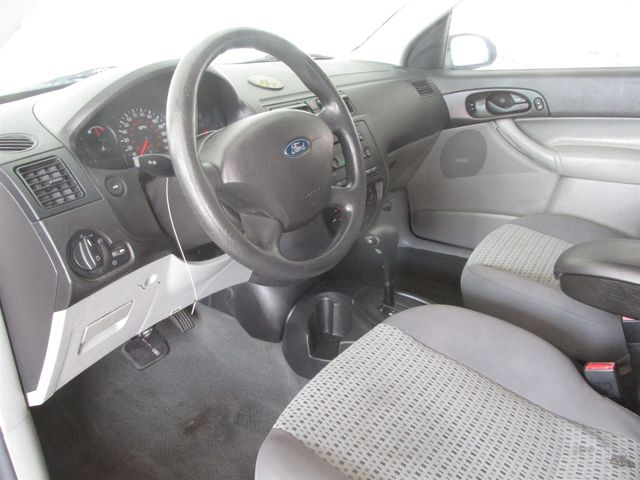 2006 Ford Focus SE Gardena, California 4