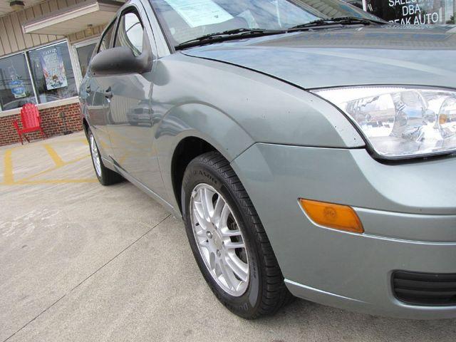 2006 Ford Focus SES in Medina OHIO, 44256