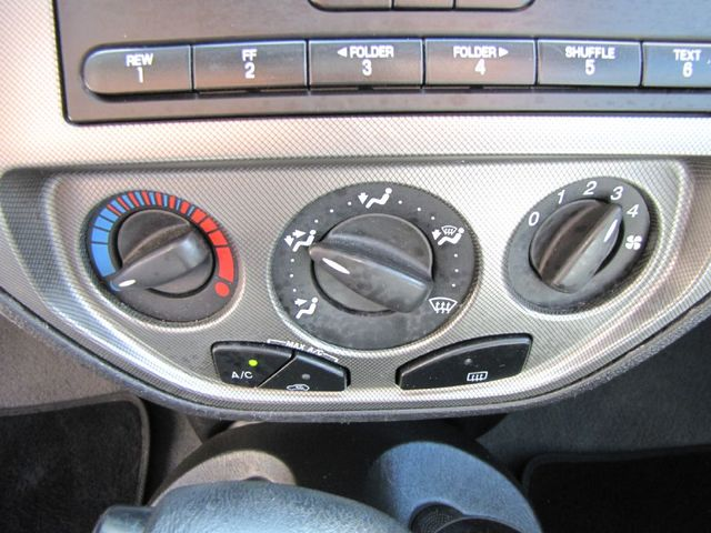 2006 Ford Focus SES in Medina, OHIO 44256