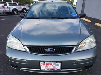 2006 Ford Focus ZX4 SE  city TX  Clear Choice Automotive  in San Antonio, TX