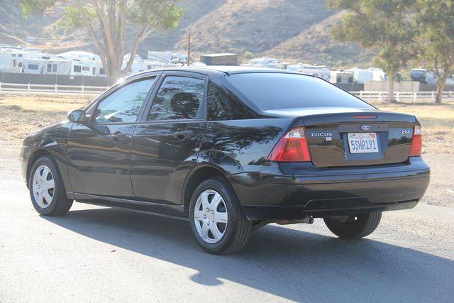 2006 Ford Focus SE Santa Clarita, CA 5