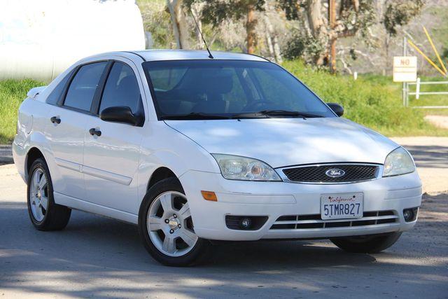 2006 Ford Focus SES Santa Clarita, CA 3