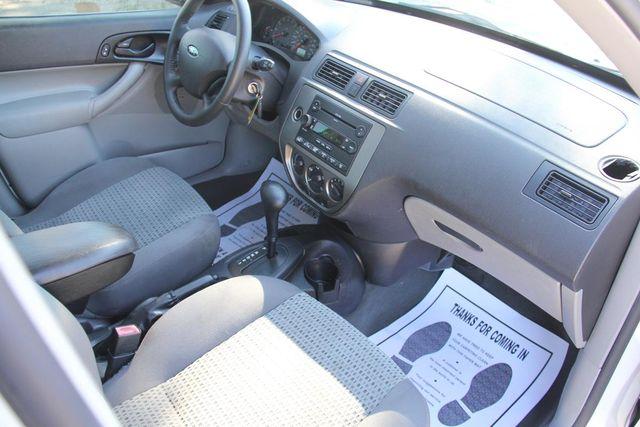 2006 Ford Focus SES Santa Clarita, CA 9