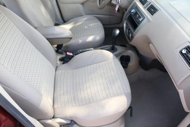 2006 Ford Focus SES Santa Clarita, CA 14