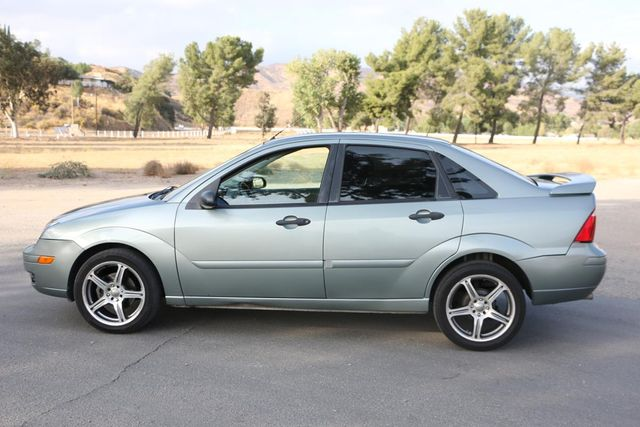 2006 Ford Focus SES Santa Clarita, CA 11