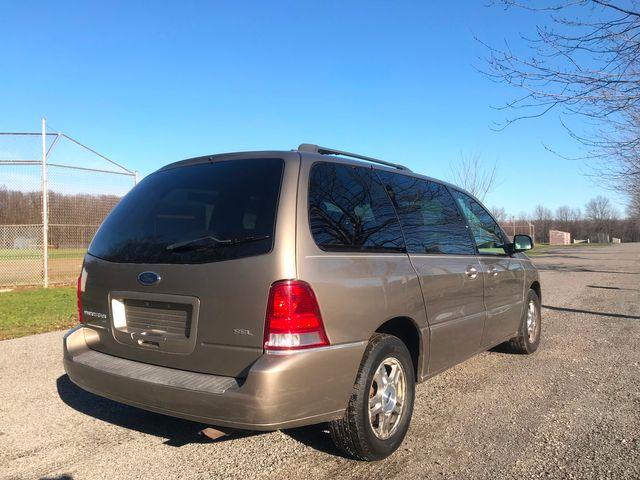 2006 Ford Freestar Wagon SEL Ravenna, Ohio 3