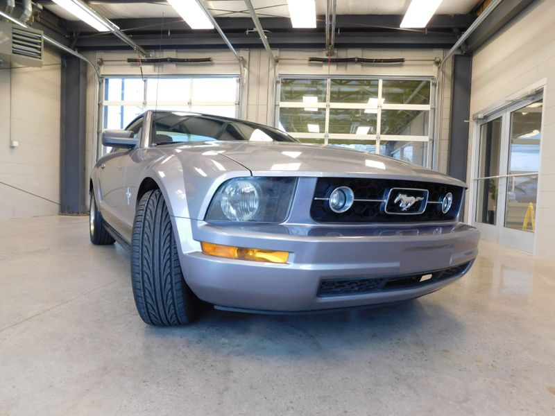 2006 Ford Mustang Standard  city TN  Doug Justus Auto Center Inc  in Airport Motor Mile ( Metro Knoxville ), TN