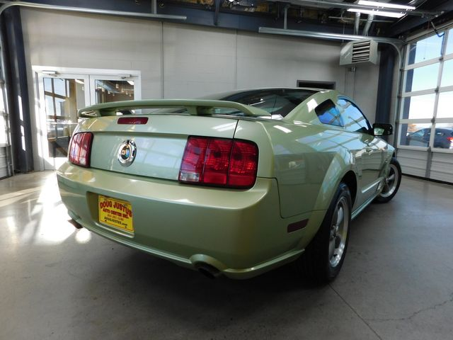 2006 Ford Mustang GT Premium in Airport Motor Mile ( Metro Knoxville ), TN 37777