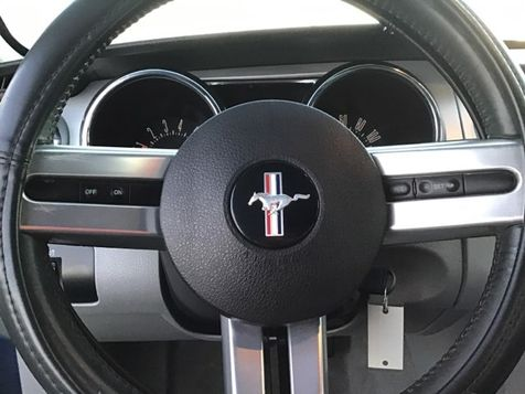2006 Ford Mustang Premium   Champaign, Illinois   The Auto Mall of Champaign in Champaign, Illinois