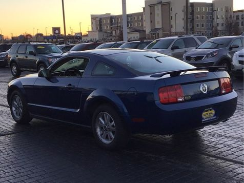 2006 Ford Mustang Premium | Champaign, Illinois | The Auto Mall of Champaign in Champaign, Illinois