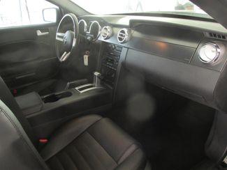 2006 Ford Mustang GT Deluxe Gardena, California 8