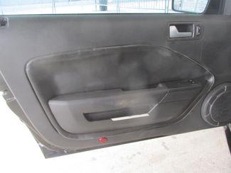 2006 Ford Mustang GT Deluxe Gardena, California 9