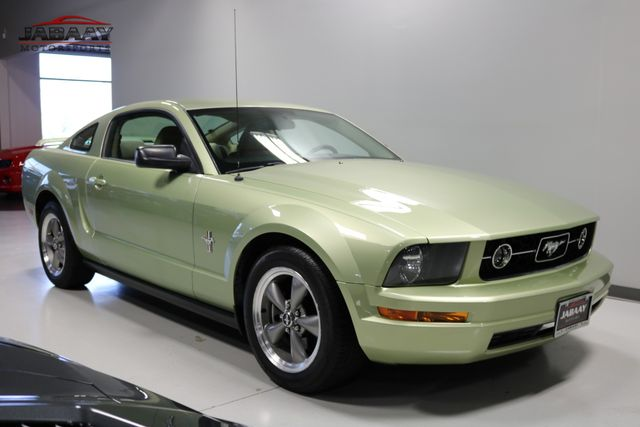 2006 Ford Mustang Standard Merrillville, Indiana 6