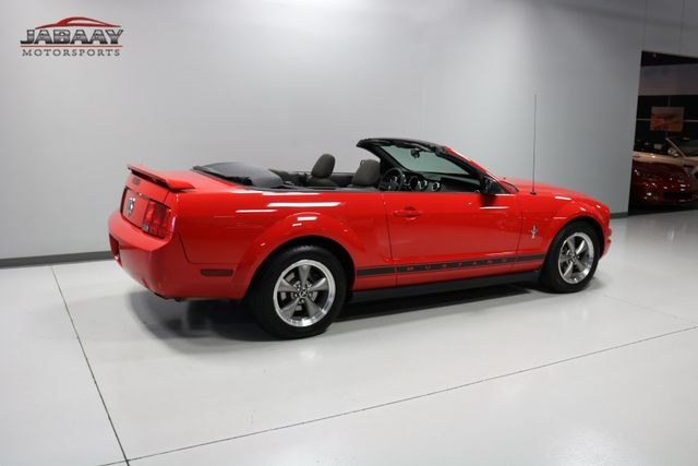 2006 Ford Mustang Deluxe Merrillville, Indiana 39
