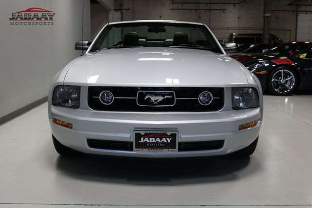2006 Ford Mustang Premium Merrillville, Indiana 7