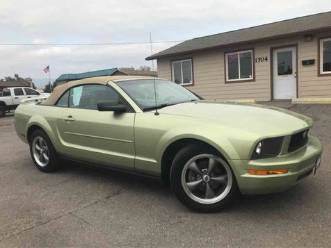 2006 Ford Mustang Convertible 2D in
