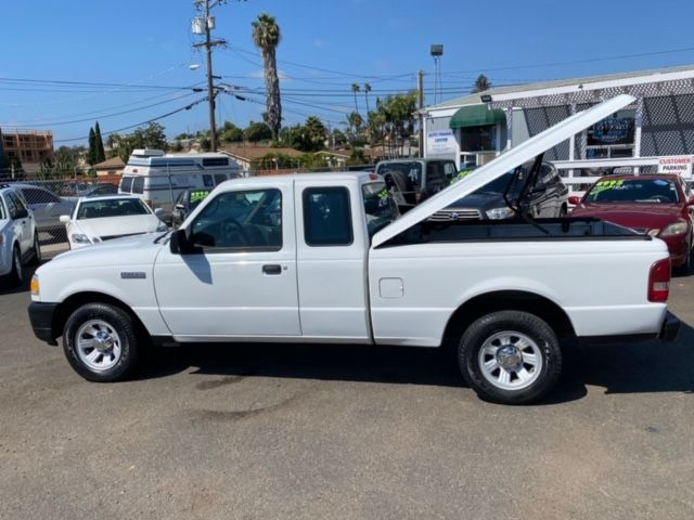 2006 Ford Ranger XLT SUPERCAB W/ TONNEAU COVER - 1 OWNER, CLEAN TITLE,NO ACCIDENTS, W/ 80,000 MILES in San Diego, CA 92110