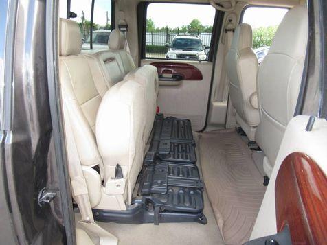 2006 Ford Super Duty F-250 Lariat | Houston, TX | American Auto Centers in Houston, TX