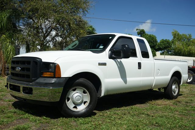 2006 Ford Super Duty F-250 XL in Lighthouse Point FL