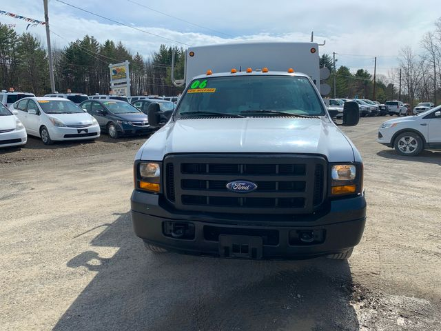 2006 Ford Super Duty F-350 DRW XL Hoosick Falls, New York 1