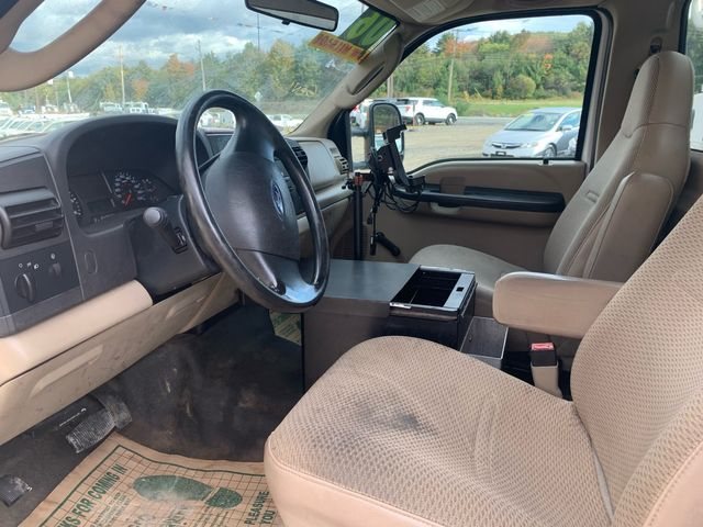 2006 Ford Super Duty F-350 DRW XL Hoosick Falls, New York 5
