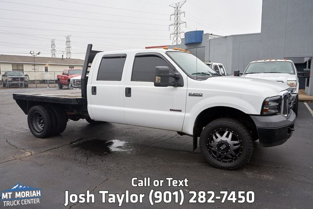 2006 Ford Super Duty F-350 DRW XL Flatbed 4X4 in Memphis, Tennessee 38115