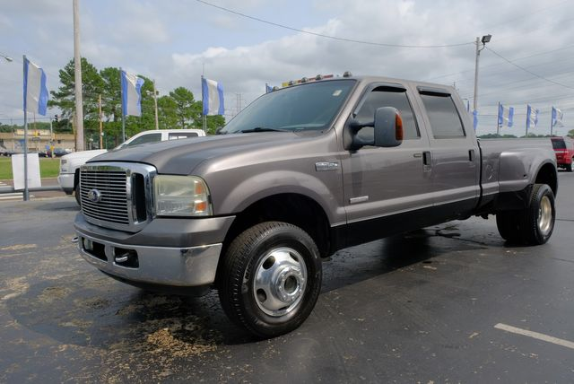 2006 Ford Super Duty F-350 DRW XL in Memphis, Tennessee 38115