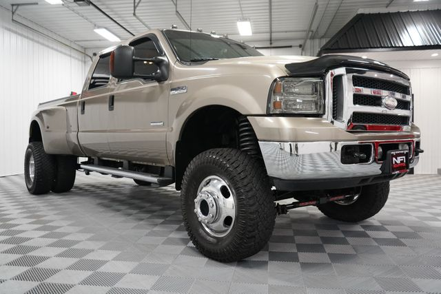 2006 Ford Super Duty F-350 DRW Lariat in Erie, PA 16428