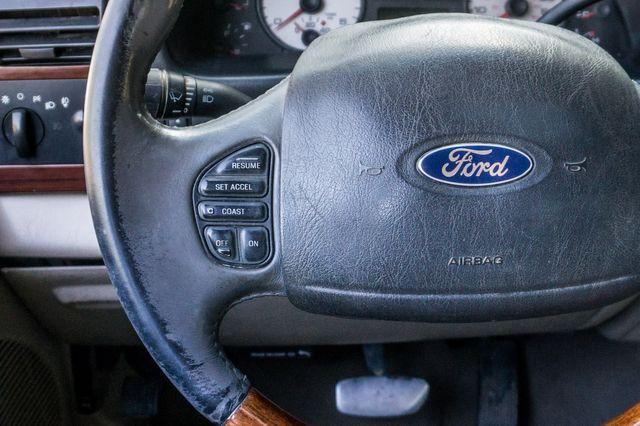 2006 Ford Super Duty F-350 DRW Lariat 4WD in Reseda, CA, CA 91335