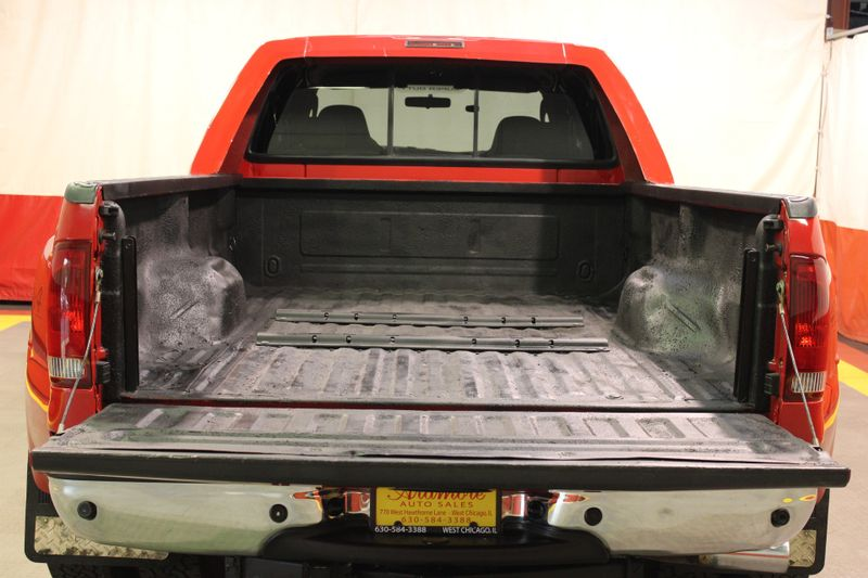 2006 Ford Super Duty F-350 DRW XLT  city Illinois  Ardmore Auto Sales  in West Chicago, Illinois