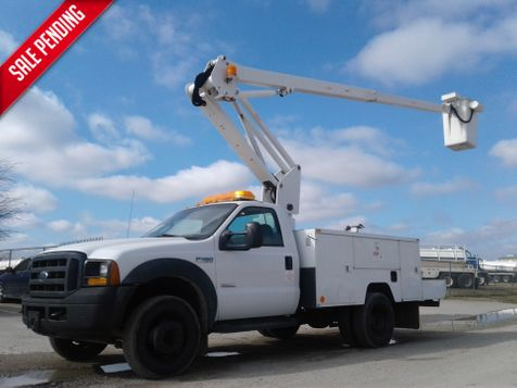 2006 Ford Super Duty F-450 DRW 40' ETI ARTICULATING & TELESCOPIC BOOM LOW MILES in Fort Worth, TX