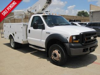2006 Ford Super Duty F450 DRW Bucket Truck, 1 Owner, Service History in Plano Texas, 75074